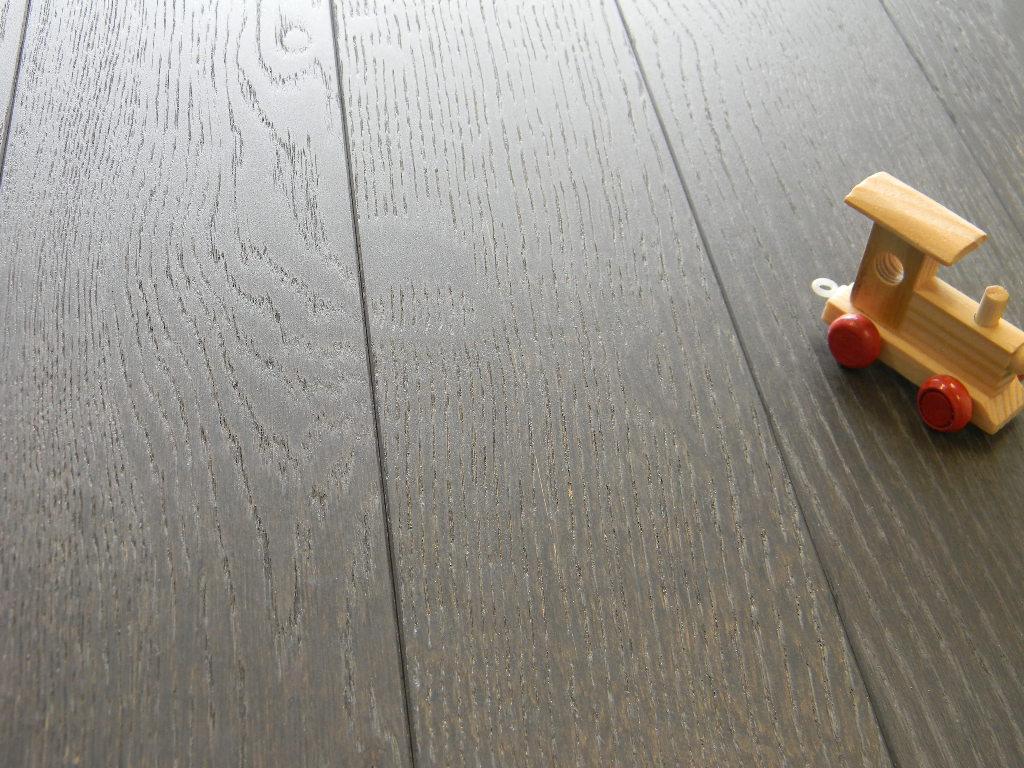 Come pulire e ravvivare il parquet naturalmente for Pulire parquet